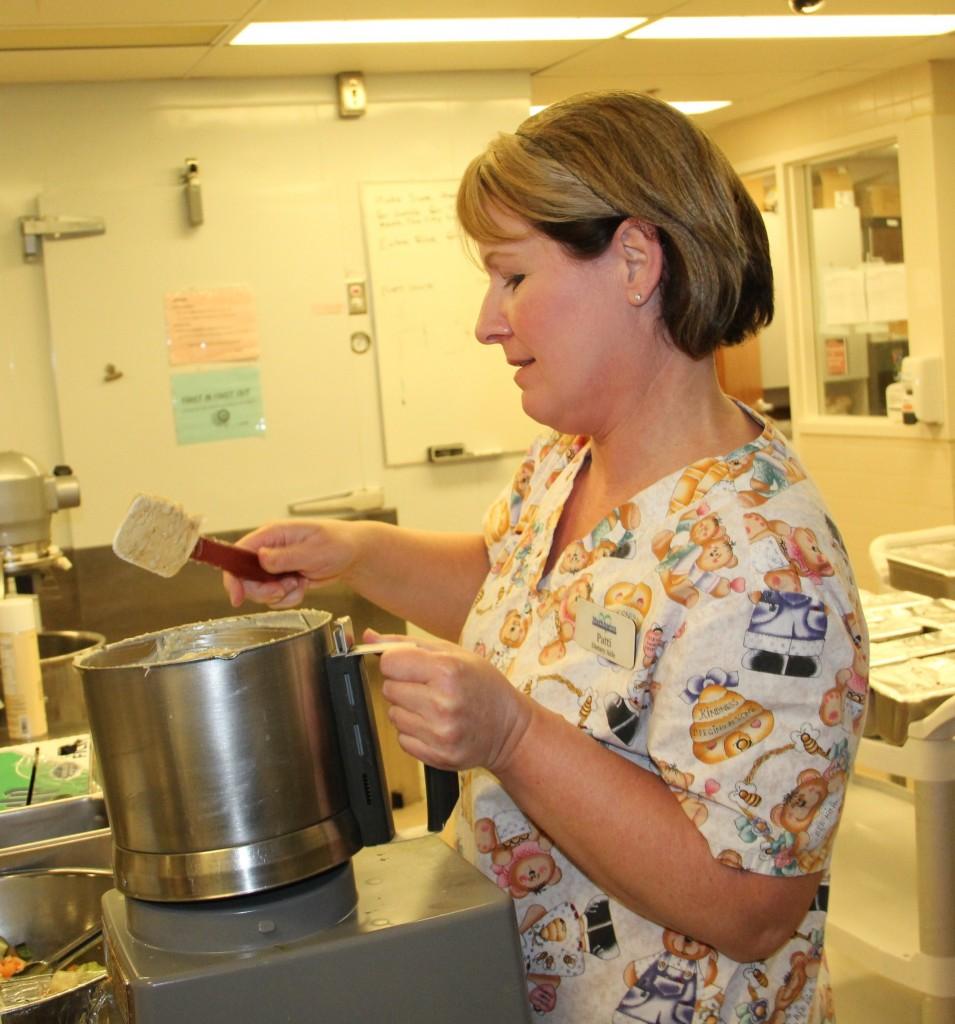 Dining: Markhaven Community Nursing Homes Markham, Senior